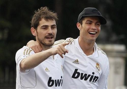 Tây Ban Nha đã nghĩ tới… Ronaldo - 1
