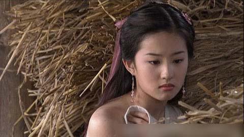 """Những cảnh """"nóng mắt"""" của Lưu Diệc Phi - 5"""