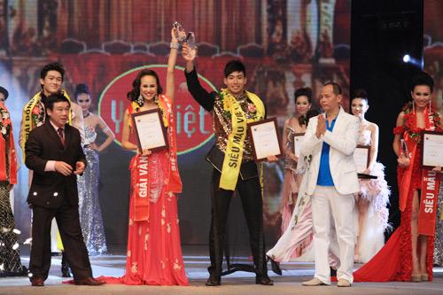 Chung kết Siêu mẫu 2012: Nhạt và sạn! - 16