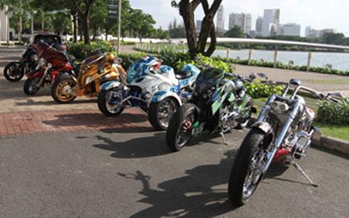 Hé lộ dàn mô tô 'khủng' hộ tống Car & Passion - 1
