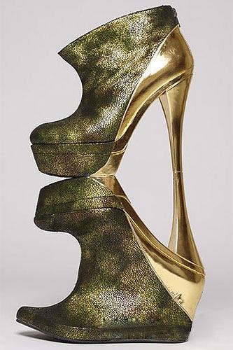 Ngắm top 5 đôi giày cao nhất thế giới - 5