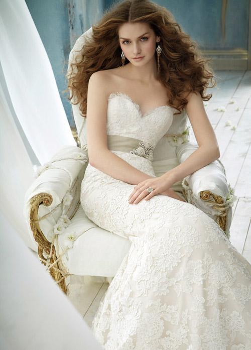 Váy cưới tôn đường cong cho nàng dâu - 2