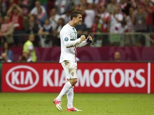 Cristiano Ronaldo: Có xứng với QBV? - 1