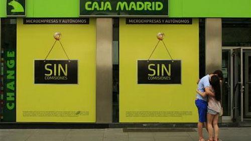 Moody's hạ tín nhiệm 28 NH Tây Ban Nha - 1