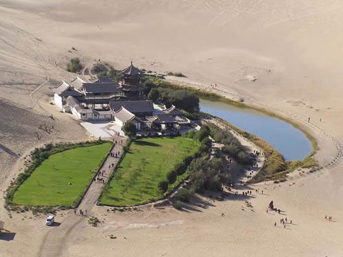 Vẻ đẹp bí ẩn của sa mạc Ba Đan Cát Lâm - 8