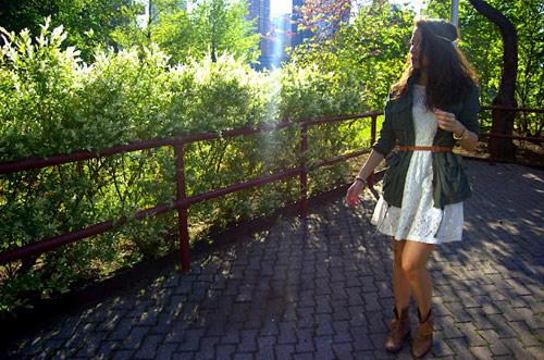 Đẹp tựa thiên thần với váy ren trắng - 1