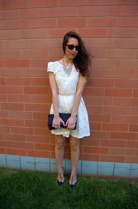 Đẹp tựa thiên thần với váy ren trắng - 2