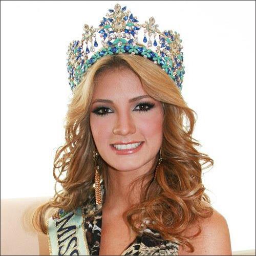 Miss World lộ diện nhan sắc ấn tượng! - 11