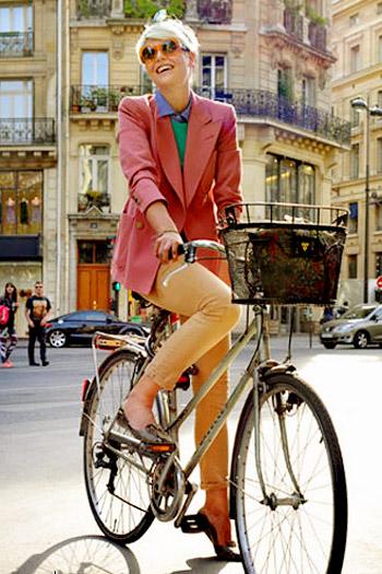 Khi chân dài yêu xe đạp hơn xế hộp! - 14