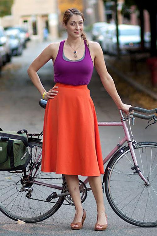 Khi chân dài yêu xe đạp hơn xế hộp! - 18