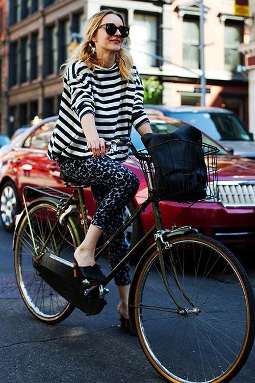 Khi chân dài yêu xe đạp hơn xế hộp! - 8