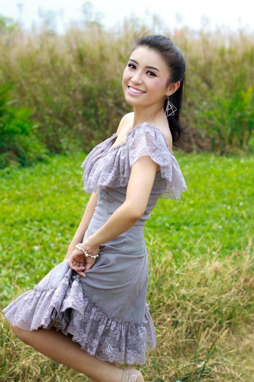Văn Mai Hương xông đất Bài hát việt 2012 - 3