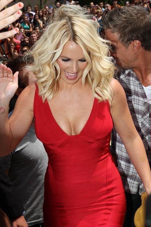 Britney Spears gợi cảm làm giám khảo - 5