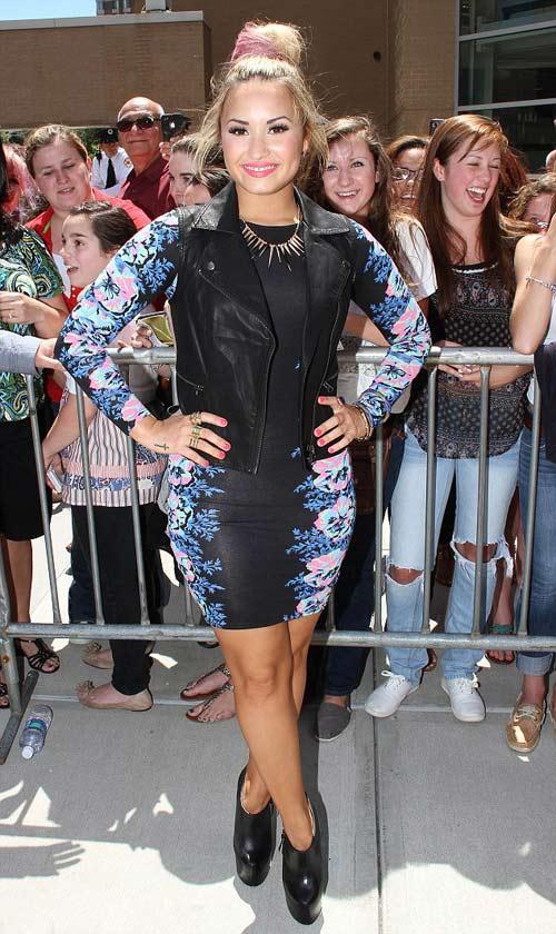 Britney Spears gợi cảm làm giám khảo - 7