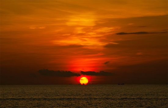 Đắm mình trong biển trời ở Bình Ba - 13