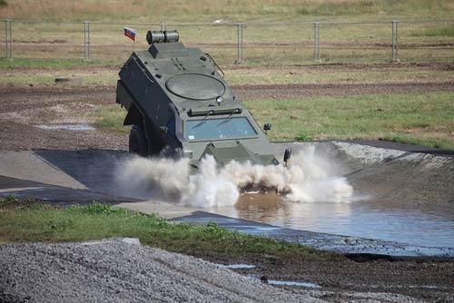 """Vũ khí """"khủng"""" tại Diễn đàn công nghệ quân sự - 12"""