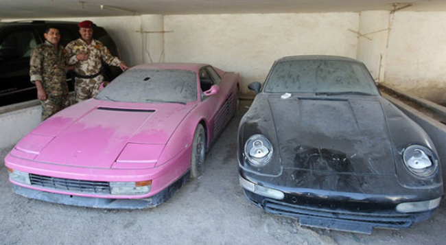 Chic Testarossa mu hng, v chic Porsche 911 mu en ca Uday Hussein