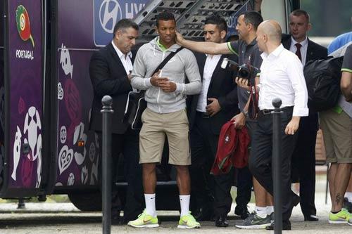 BĐN và Ronaldo: 2 năm nữa, ta làm lại - 2