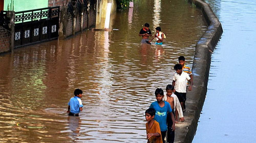 Lũ Ấn Độ: 30 người chết, 1 triệu người sơ tán - 1