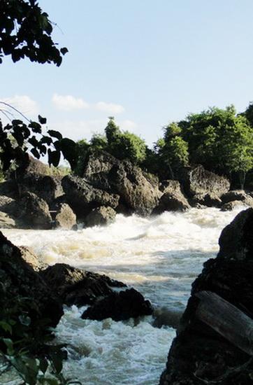 Những ngọn thác hùng vĩ ở Đắk Nông - 7