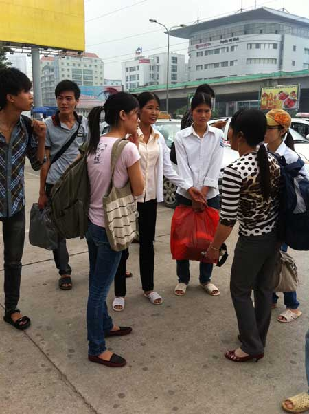 Sĩ tử ùn ùn lên Hà Nội dự thi đại học - 21