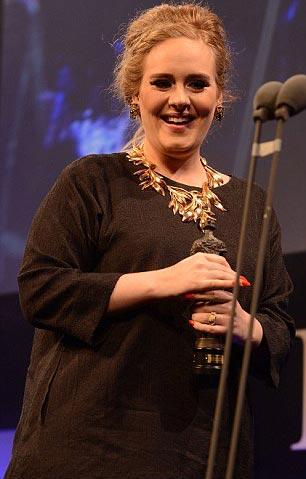 Adele sắp có con đầu lòng - 1