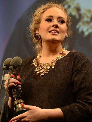 Adele sắp có con đầu lòng - 3