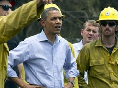 Tổng thống Mỹ đích thân thị sát nơi cháy rừng - 1