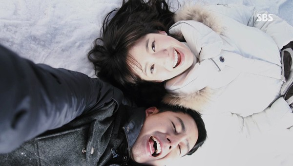 """Phim của Song Hye Kyo lại """"dậy sóng"""" - 6"""
