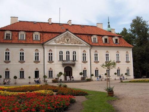 Ghé thăm những cung điện tuyệt đẹp của Ba Lan - 1