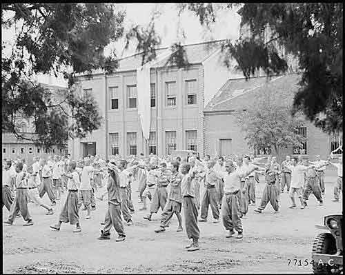 """Triều Tiên - HQ: Lịch sử """"nồi da xáo thịt"""" - 3"""