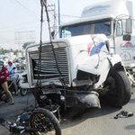 """Tin tức trong ngày - """"Hung thần"""" container gây tai nạn liên hoàn"""