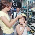 Tin tức trong ngày - TPHCM: Ghi hình trẻ em không đội MBH