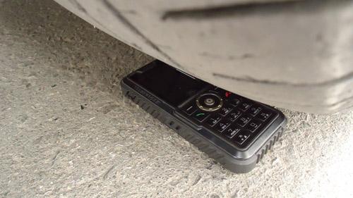 Cơn sốt điện thoại Pin dùng 25 ngày - 11
