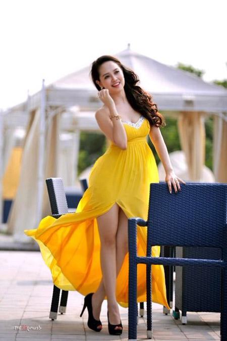 MC Ngọc Trang quyến rũ với váy maxi - 9