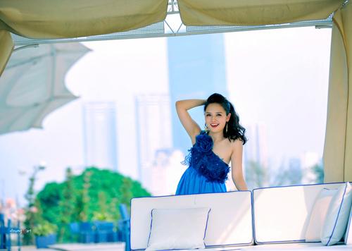 MC Ngọc Trang quyến rũ với váy maxi - 3