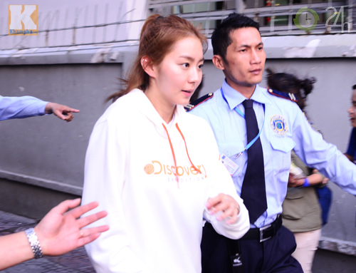 Kim Hyun Joong mặc áo dài Việt Nam - 6