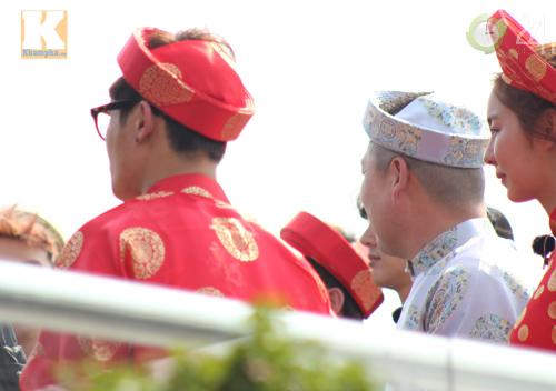 Kim Hyun Joong mặc áo dài Việt Nam - 3