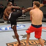 Thể thao - Cú knock-out tàn độc nhất UFC năm 2013?