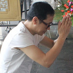 Phim - Thành Lộc cúi lạy linh cữu NSUT Hồ Kiểng
