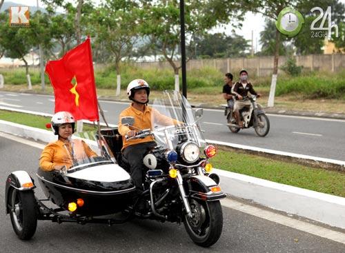 Độc dược Harley Police độ sidecar tại Việt Nam - 9