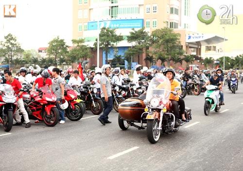 Độc dược Harley Police độ sidecar tại Việt Nam - 10