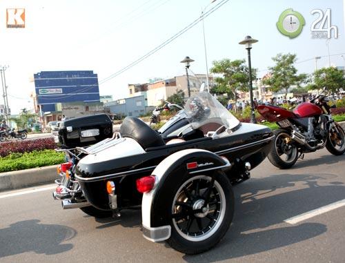 Độc dược Harley Police độ sidecar tại Việt Nam - 6