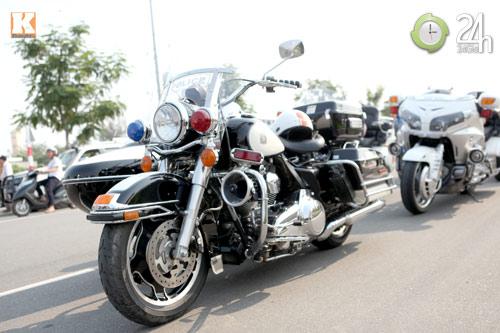 Độc dược Harley Police độ sidecar tại Việt Nam - 8