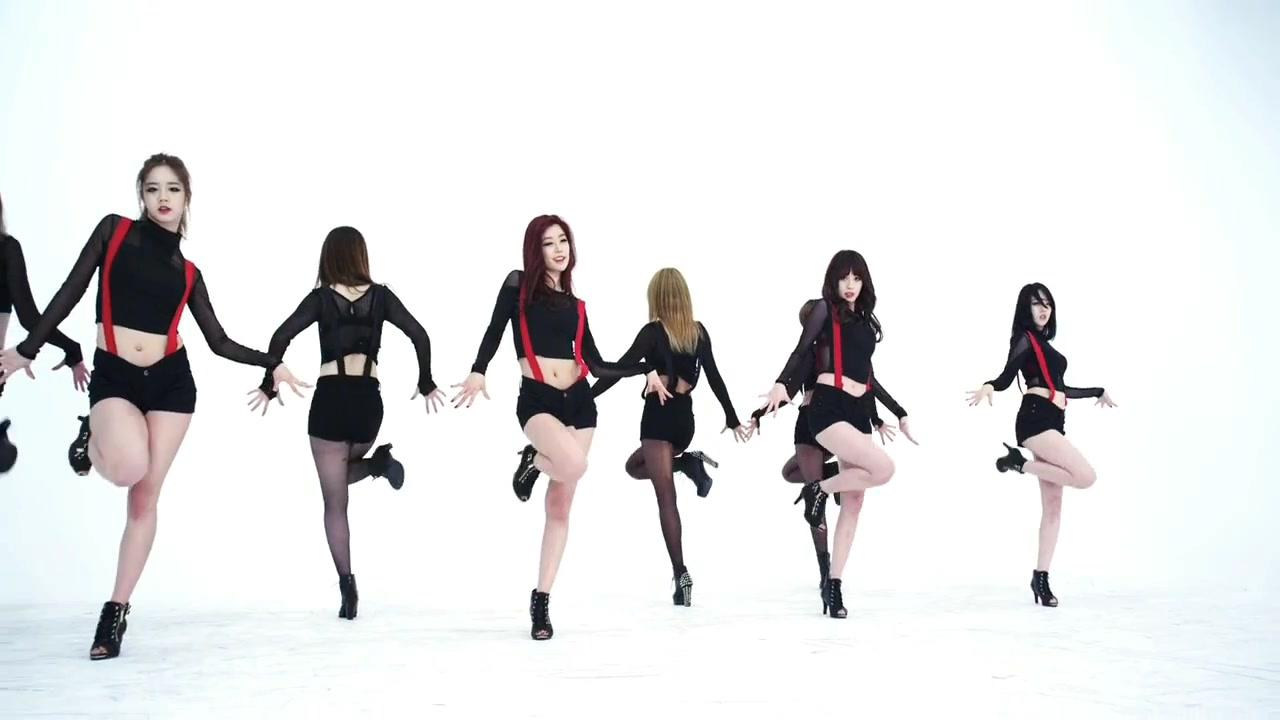Khoảnh khắc sexy nhất của mỹ nhân K-Pop - 7