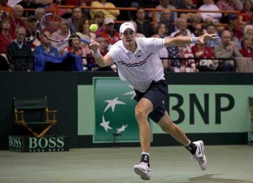 Djokovic nhọc nhằn vượt ải Isner - 1