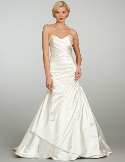Đầm cưới tôn vòng eo đẹp cho cô dâu - 9