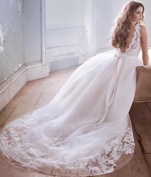 Đầm cưới tôn vòng eo đẹp cho cô dâu - 4