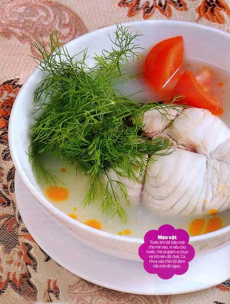 Canh cá thu nấu mẻ kích thích vị giác - 1