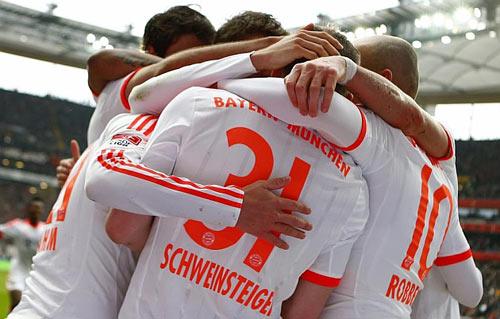 Frankfurt - Bayern: Ngày đăng quang - 1